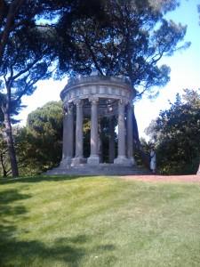 Templete de Baco, en el Jardín El Capricho