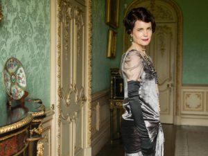 Elizabeth McGovern como Cora, condesa de Grantham, en Downton Abbey